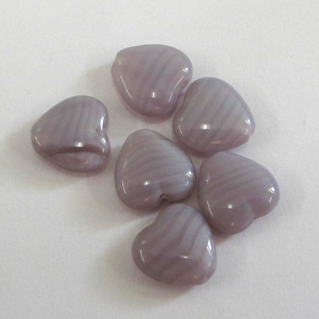 CZ1010 - Lilac glass heart. Pack of 10