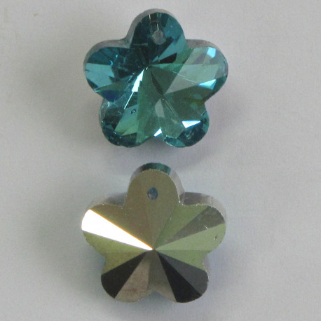 CR1000 - Crystal Flower Pendant, Aqua Blue Colour with Silver Backing.