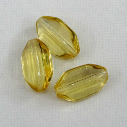 Transparent yellow glass beads. Pack of 10.