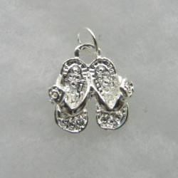 Pair of sandals charm, silver colour.