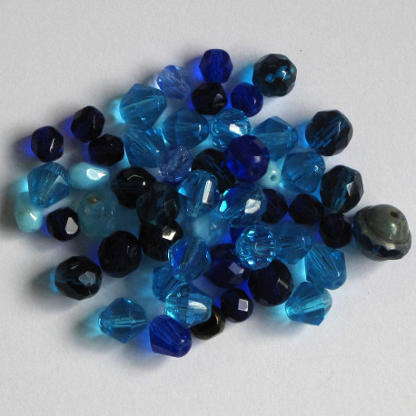FPMX05 - Czech Fire Polished Blue Glass Mixed Beads.