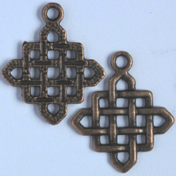 Diamond shaped, rope effect pendant. Pk of 2