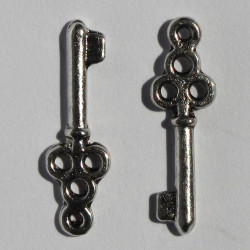 Key charm, silver coloured, pack of 10.