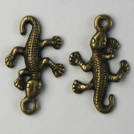F8491br - Gecko Charm, Antique Brass Coloured, Pack of 10.