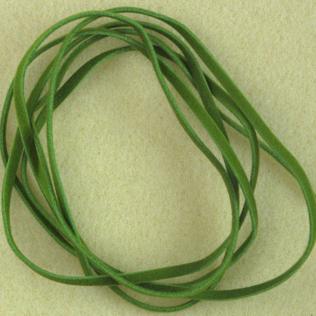 TH8001 - 1m Faux Suede Cord, Lincoln Green.