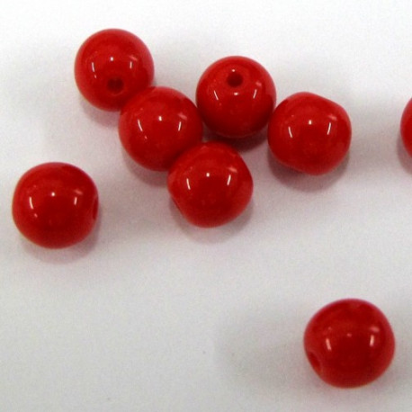CZ1080 - 8mm red glass beads. Pack of 20