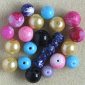 Mixed glass beads, 20 per pack.