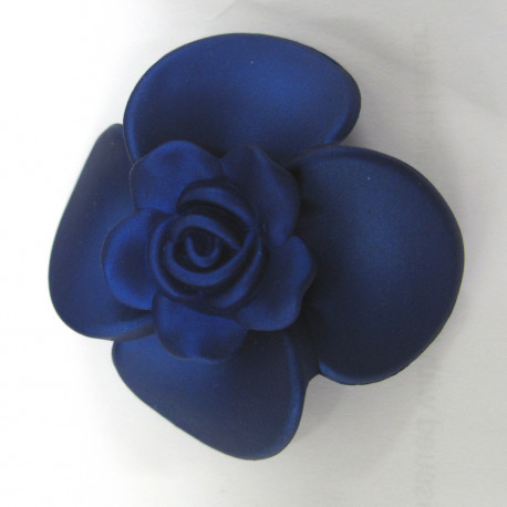 ST4000 - Soft touch big blue flower.