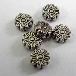 F4113 - Antique silver colour flower bead. Pack of 10