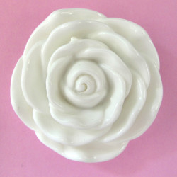 Large white flower bead