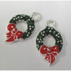 Christmas wreath charm. Pack of 2