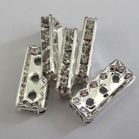 RN1830 - 3 hole Diamante spacer .Pack of 5