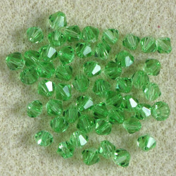 4 mm crystal bi-cone, light green. Pack of 50.