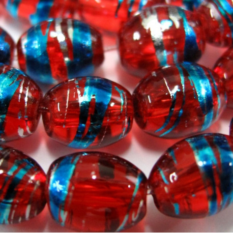 GB1868 - Red glass oval beads. Pack of 15