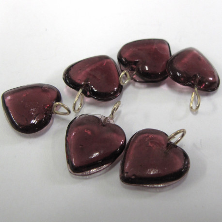 GB6086 - Aubergine purple glass heart with loop. Pk of 10