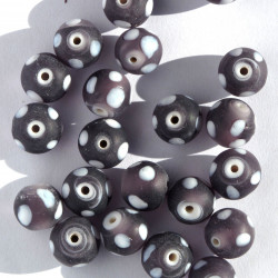 GB6094 - Purple Frosted Glass Spotty Beads. Per Strand.