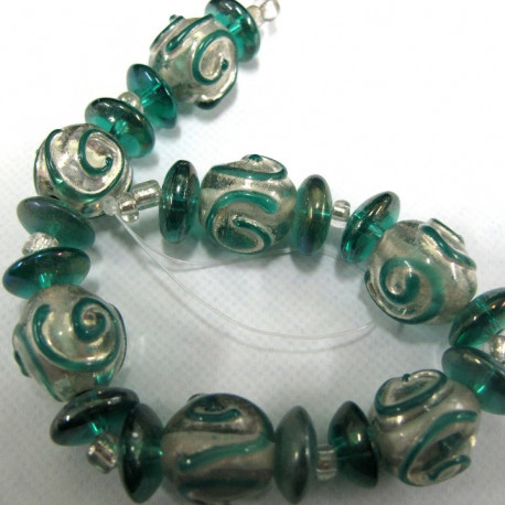 GB6133 - Teal and silver Indian glass strand