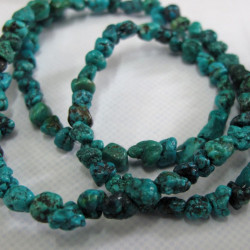 Small turquoise nuggets. Per string.