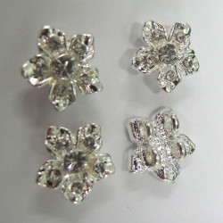 RN1837 - Flower 2 hole spacers, clear stones. Pk of 4