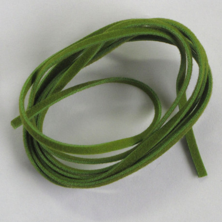 SALE162 - 1m Faux Suede Cord, Lincoln Green. Pack of 10.