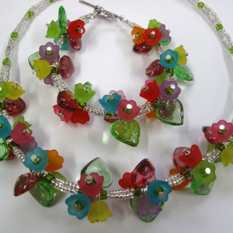 """K114 - """"Hearts and Flowers"""" Necklace and Bracelet kit"""