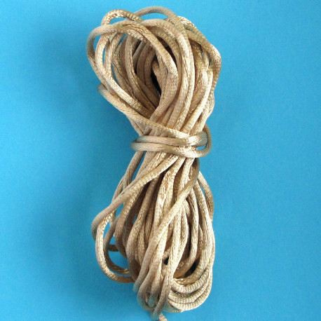 TH8600 - Gold Coloured Rats Tail Thread, 5m.