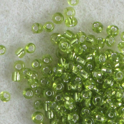 Size 11 silver lined, light green seed beads. Pack of 20g.