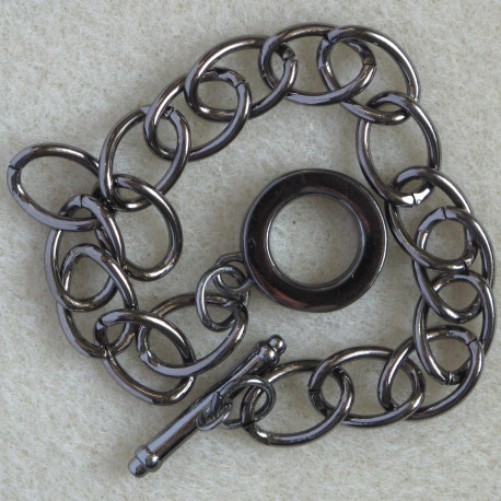 Bracelet base with toggle clasp, black coloured.