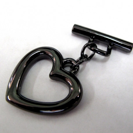Large black heart toggle.