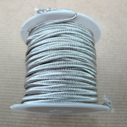 Pearly grey soutache braid. 4m