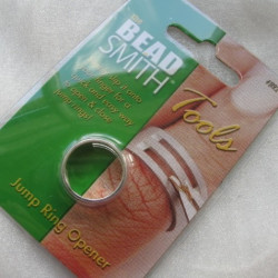 JR001 - Jump Ring Opener, makes opening and closing jump rings easy.