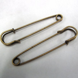 Kilt pins, antique gold col. Pk of 2