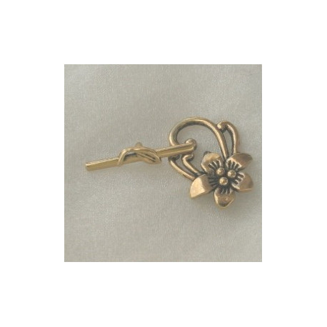 F4064g - Fancy Floral Toggle Clasp, Gold Coloured.
