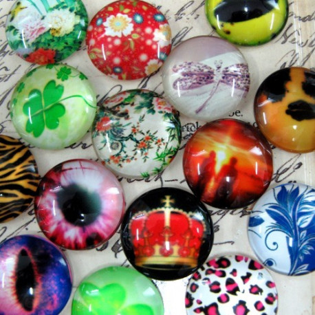 CAB20MIX - 20mm picture glass cabochon. Pack of 10