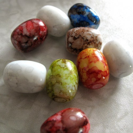 GB1903 - large oval Picaaso style glass beads. Pk of 20