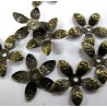 Flower bead caps in antique brass colour. Pk of 100