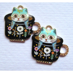 Cat in cup charm. Pack of 2