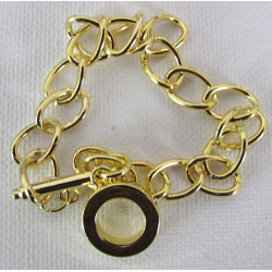 Bracelet base with toggle clasp, gold coloured.