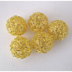 Large twisted wire beads, pack of 5
