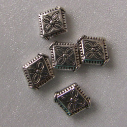 Antique silver colour diamond shape. Pack of 30