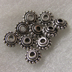 F4115 - Antique silver colour disc bead.  Pack of 10.