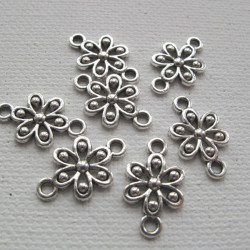 Pretty flower spacers, pack of  7