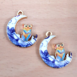 Owl and Moon charm, pack of 2