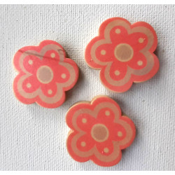 Large wooden flower beads, pack of 5
