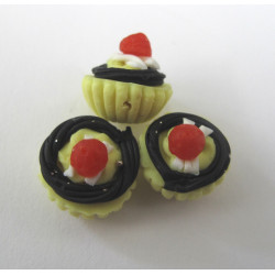 Cup cake bead. Pack of 6
