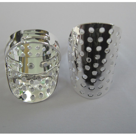 F5020 - Sieve Ring, Silver Colour.