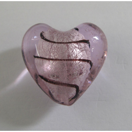 GB4010 - Big pink silver lined heart.