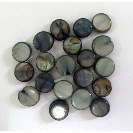 SHL1006 - Small Shell Coin Beads. Pack of 20.