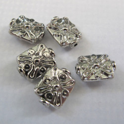 Silvery squarish bead. Pack of 10