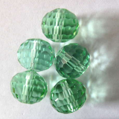 CR1211 - 12mm green glass crystal. Pack of 10